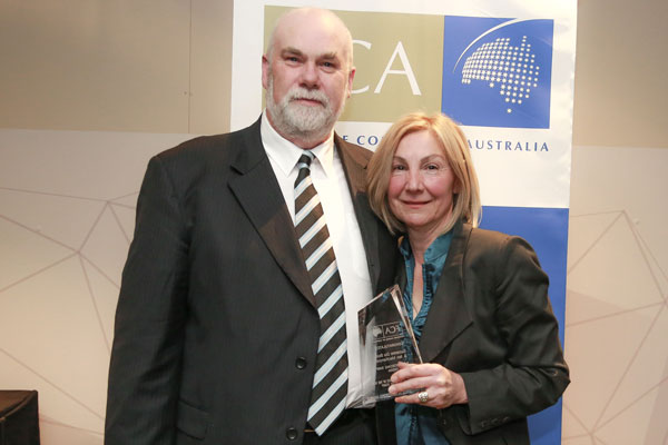 Ian MacKenzie and Suzanne Du Bois - SA Single Unit Franchisee of the Year, more than two staff