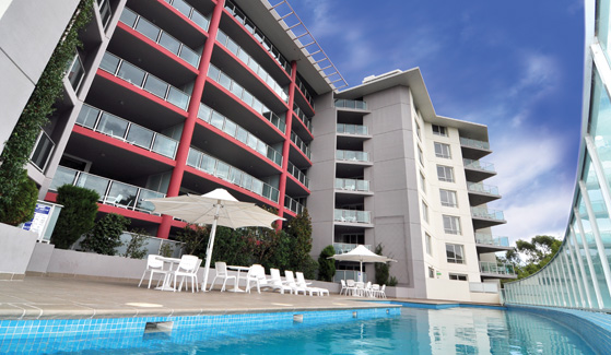 Pacific Suites Canberra_Pool